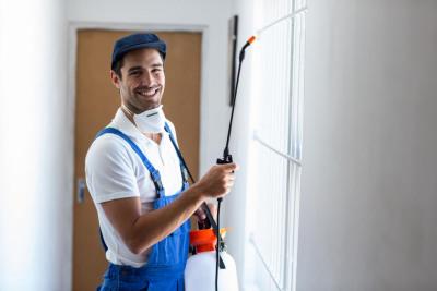 Ausbildung iFachkraft für Holz- und Bautenschutzarbeiten