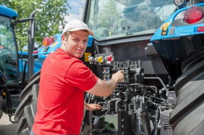 Ausbildung iLand- und Baumaschinenmechatroniker/in